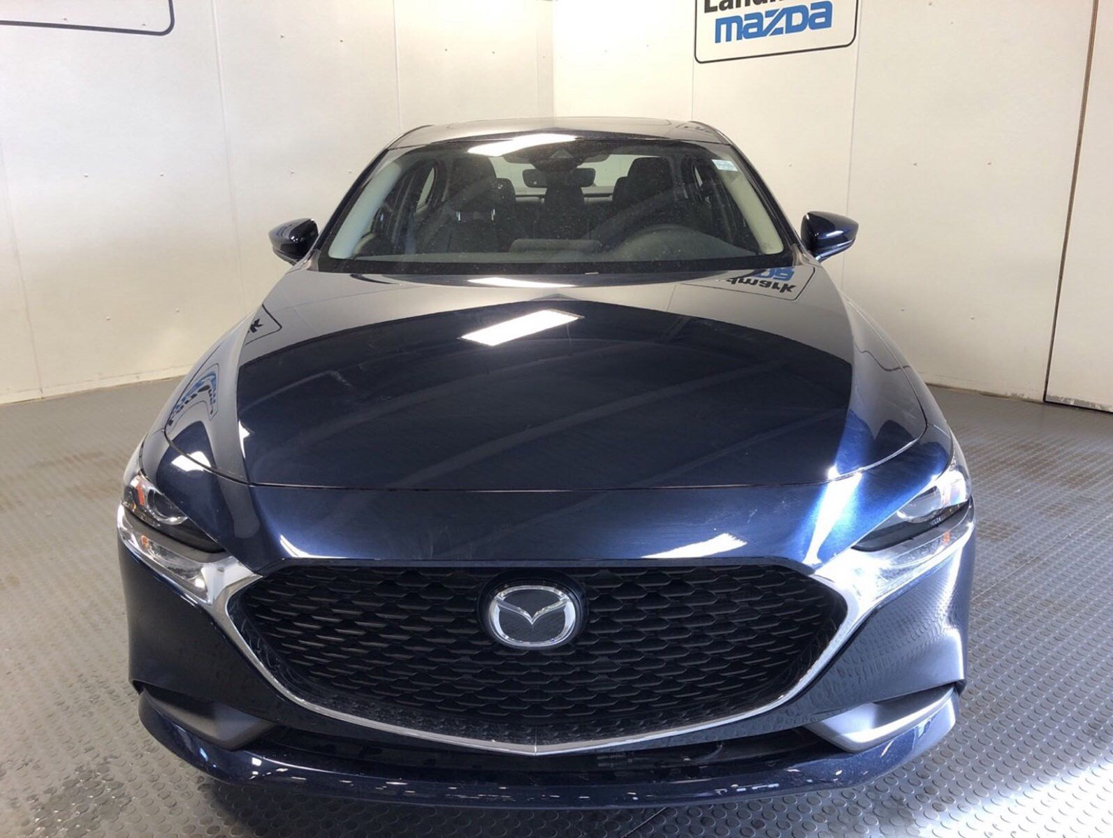New 2019 Mazda3 GS w/ Luxury Package